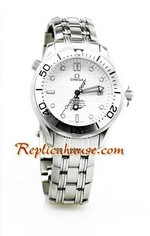 Omega Seamaster Professional 007 Swiss Watch 03